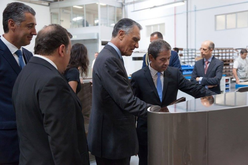 The President of Portugal visited our customer / El Presidente de Portugal visita a uno de nuestros clientes